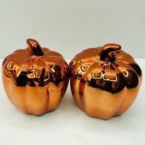 Pumpkin Figurines 2pcs Lot Mirrored Orange